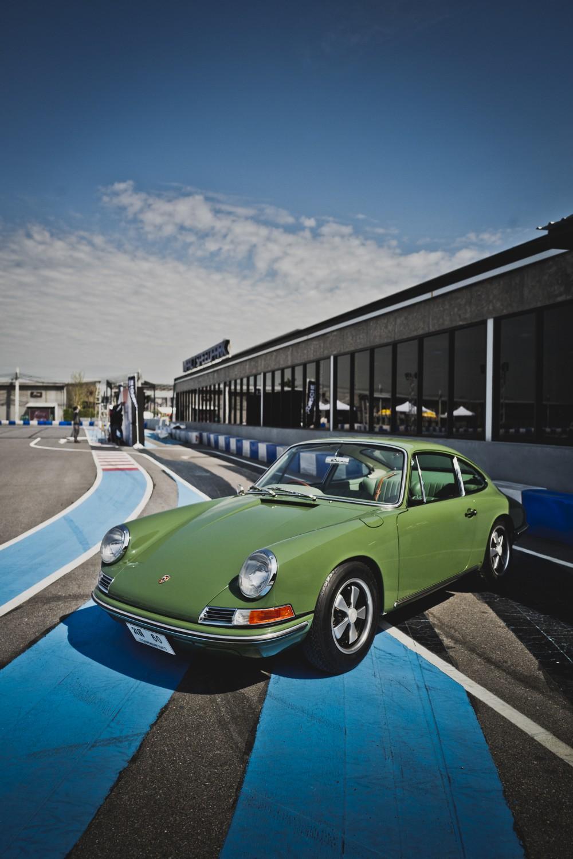 Thailand S Das Treffen Celebrates Porsche Mania From Ruf To Rwb